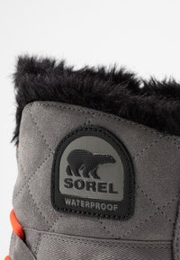 Sorel - GLACY EXPLORER SHORTIE - Vinterstøvler - quarry - 2