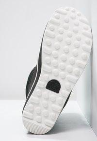 Sorel - GLACY EXPLORER SHORTIE - Stivali da neve  - black - 4