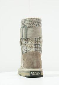 Sorel - NEWBIE - Snowboots  - silver sage - 3