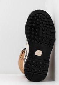 Sorel - CARIBOU - Winter boots - elk - 6