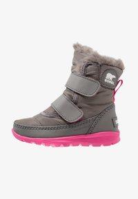 Sorel - WHITNEY VELCRO - Snowboot/Winterstiefel - quarry/ultra pink - 0