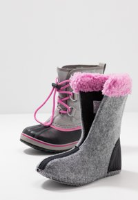 Sorel - YOOT PAC - Botas para la nieve - chrome grey/orchid - 6