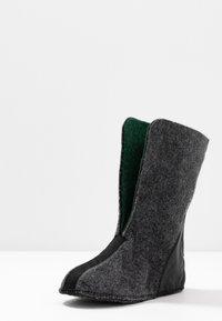 Sorel - YOUTH FLURRY - Winter boots - dark grey/warning yellow - 6