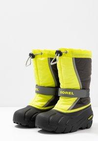Sorel - YOUTH FLURRY - Winter boots - dark grey/warning yellow - 3