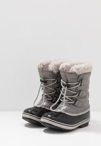 Sorel - YOOT PAC - Stivali da neve  - quarry/dove - 3