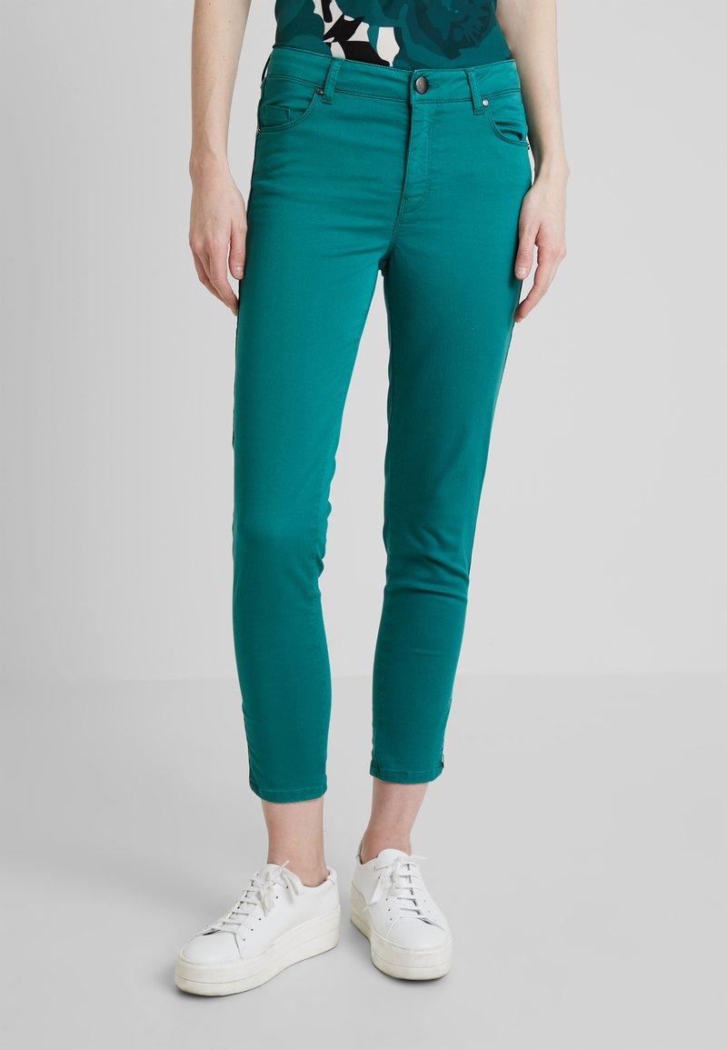 Soyaconcept - SHADI POWER - Pantalon classique - ivy green