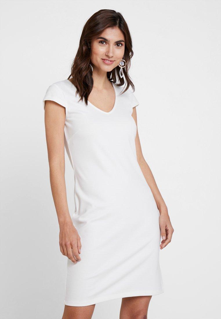 Soyaconcept - SC DENA SOLID - Shift dress - offwhite
