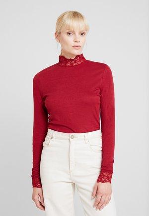 RYAN - T-shirt à manches longues - cabernet