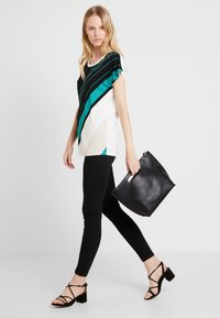 Soyaconcept - MARICA - T-shirt con stampa - ivy/green - 1