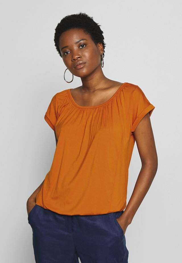 MARICA  - T-shirt basic - dark orange