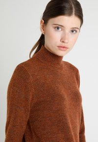 Soyaconcept - NESSIE - Sweter - rusty melange - 4
