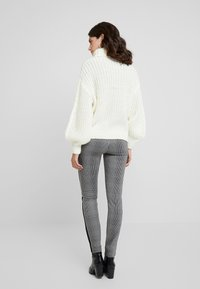 Soyaconcept - PENNY  - Trui - offwhite - 2