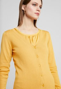 Soyaconcept - DOLLIE - Cardigan - honey yellow - 3