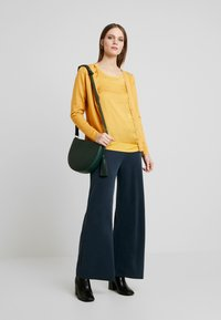 Soyaconcept - DOLLIE - Cardigan - honey yellow - 1