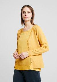 Soyaconcept - DOLLIE - Cardigan - honey yellow - 0