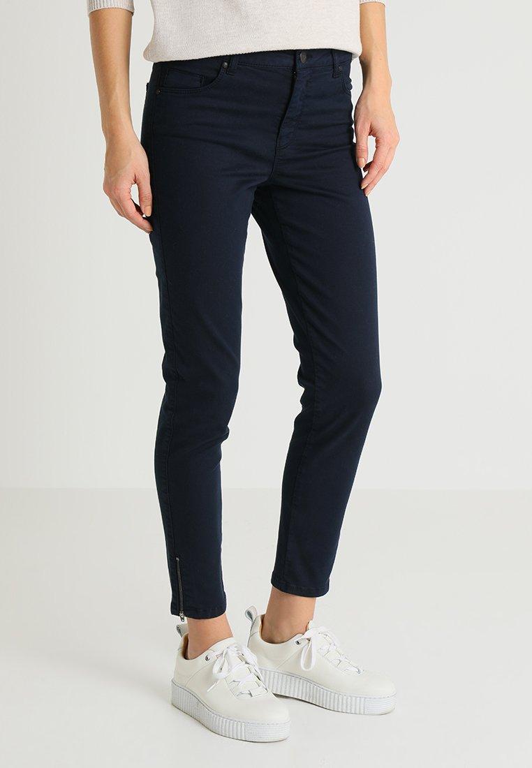 Soyaconcept - SHADI PATRIZIA - Slim fit jeans - navy