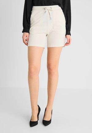 SIHAM - Shorts - sand