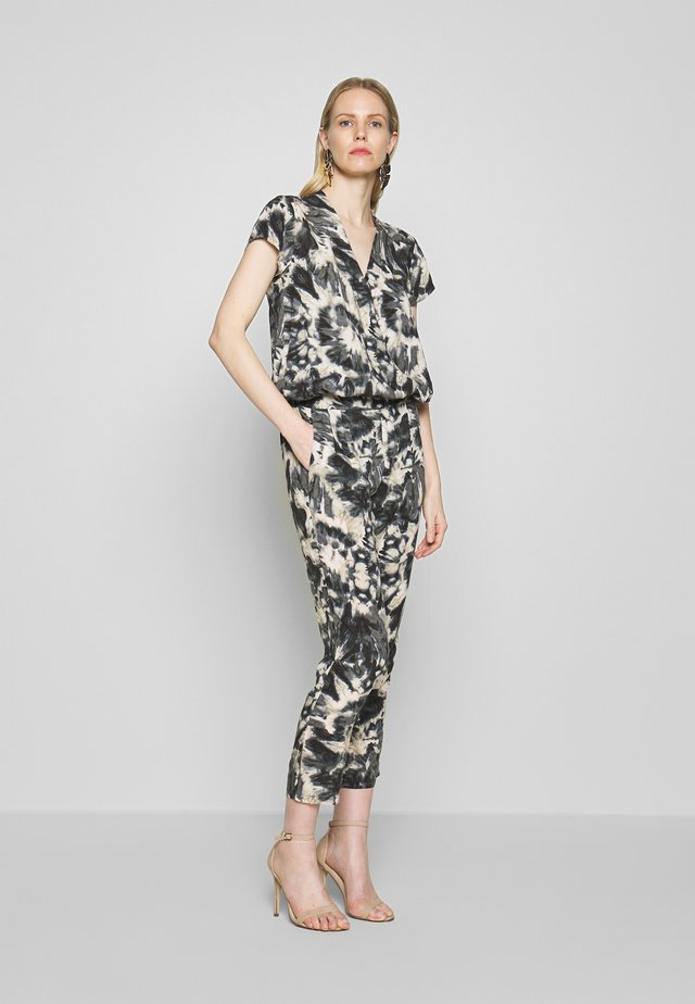 Jumpsuit - army combi