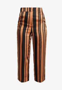 Soaked in Luxury - MOLLIE PANTS - Bukser - pecan brown - 4