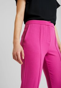 Soaked in Luxury - HAYLEY PANTS - Kalhoty - purple orchid - 4