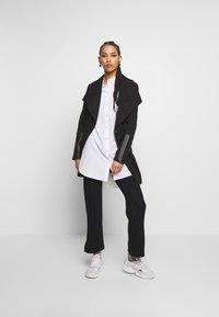 Soaked in Luxury - GENEVIEVE PANTS - Pantaloni - black - 1