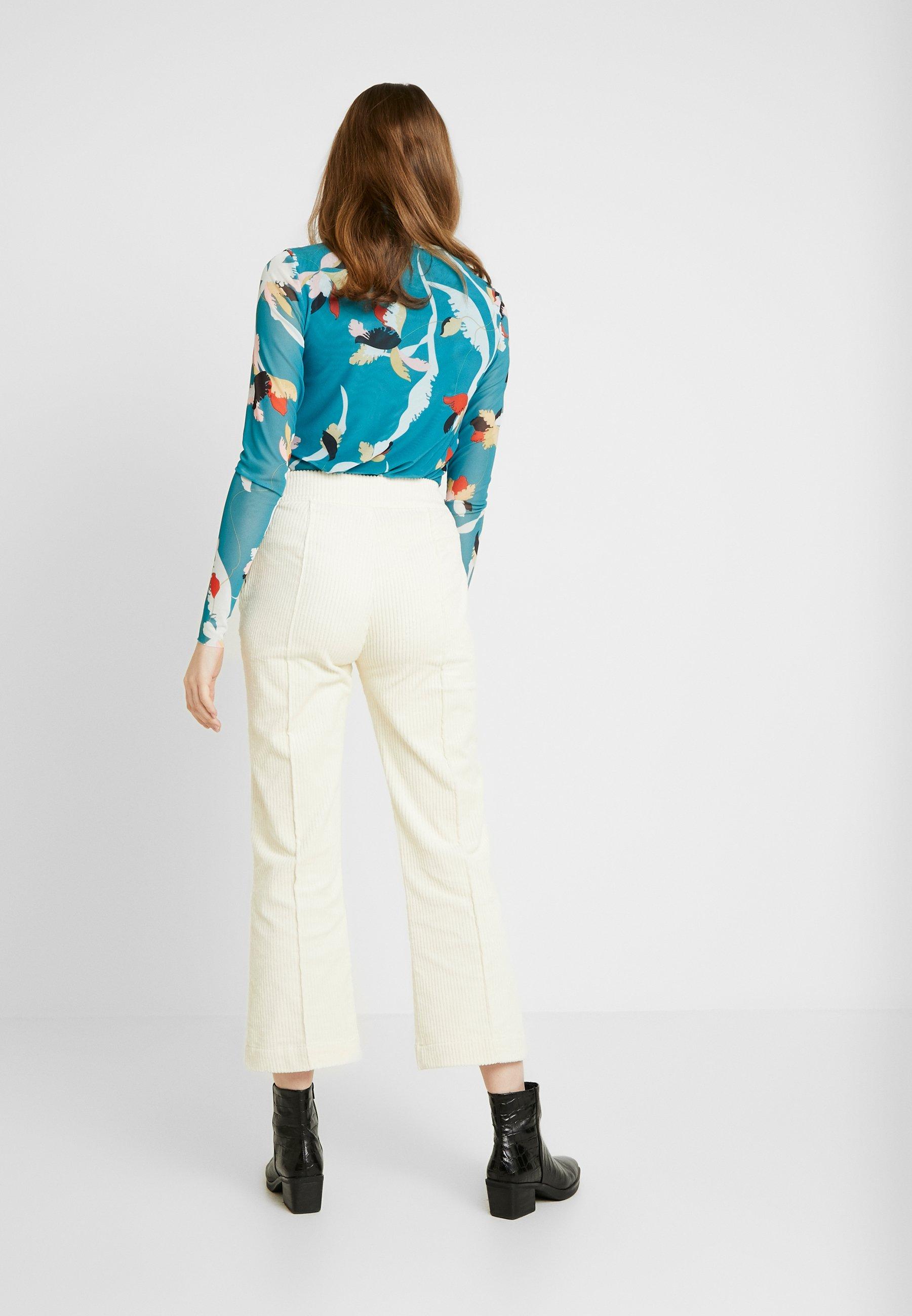 Soaked in Luxury VIIVI PANTS - Spodnie materiałowe - antique white