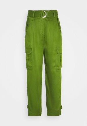 LAMIA PANTS - Pantalones - garden green