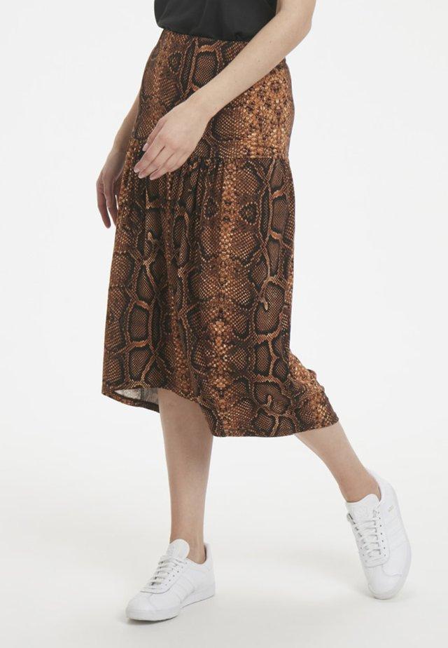 Falda acampanada - brown