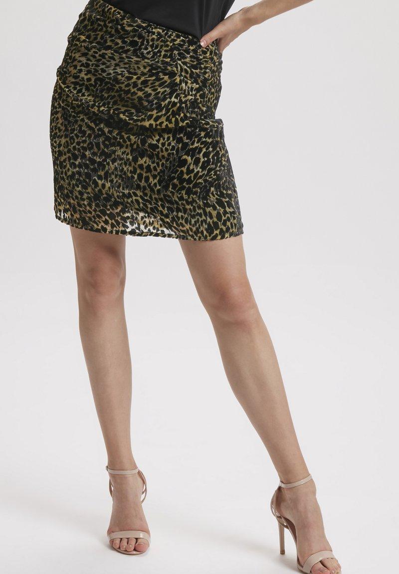 Soaked in Luxury - SLASTRED  - Wrap skirt - black