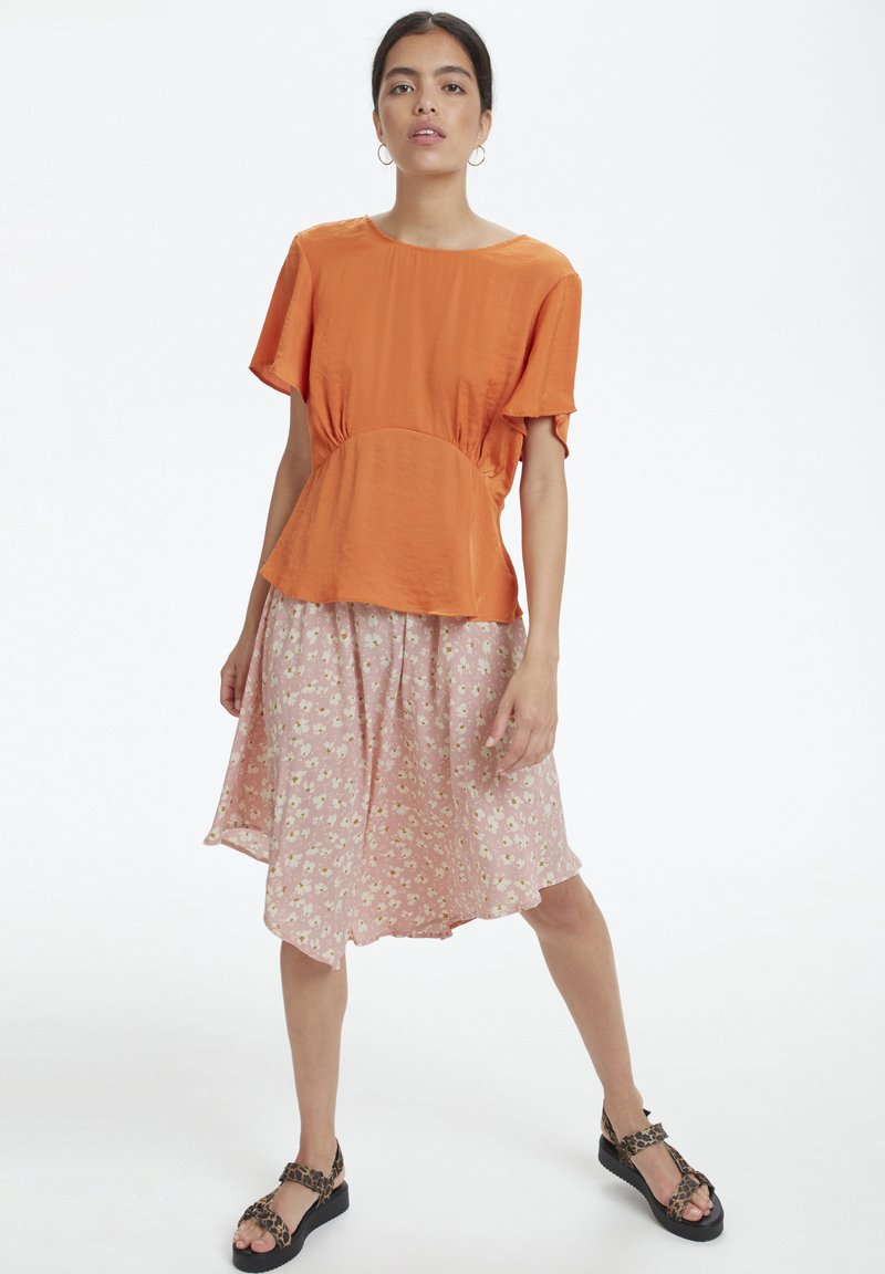 Soaked in Luxury - SOAKED IN LUXURY SLJACINTO SKIRT - A-snit nederdel/ A-formede nederdele - bridal rose flower print