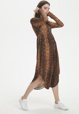 Maxiklänning - brown