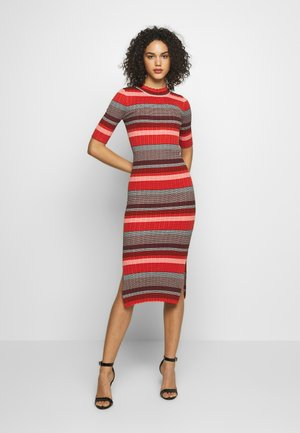 MANDALAY DRESS - Jumper dress - tangerine tango