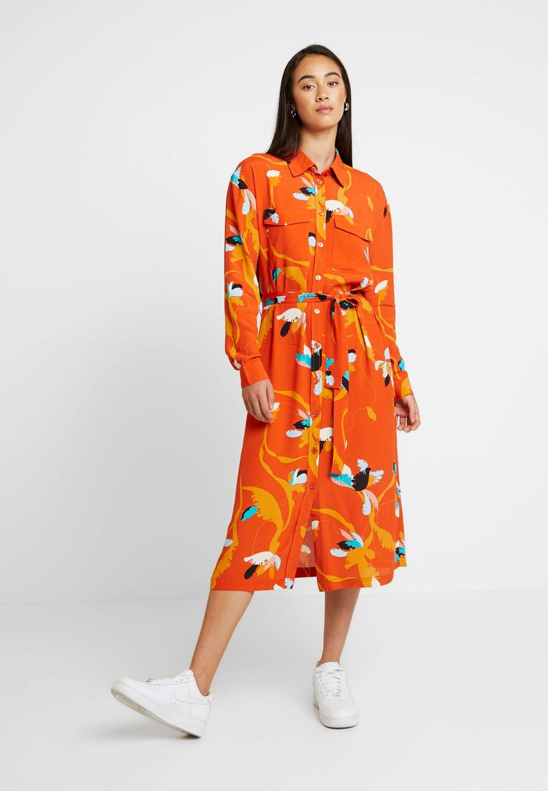 Soaked in Luxury - TAIKA DRESS - Vestido largo - burnt ochre