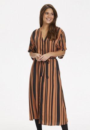 Korte jurk - pecan brown/black