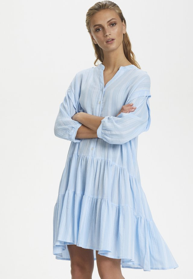 SLMARI DRESS - Vestido camisero - blue