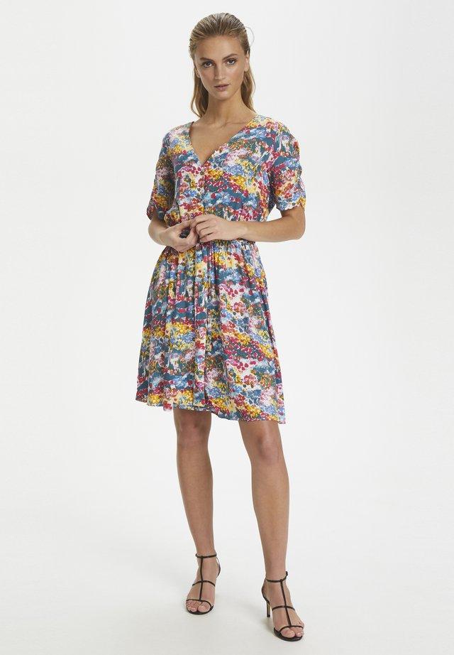 SLARJANA DRESS SS - Vestido camisero - multi-coloured