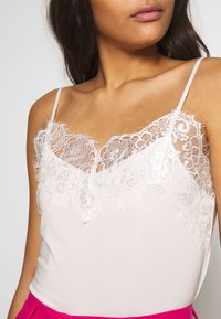 Soaked in Luxury - CLARA SINGLET - Toppe - white - 4