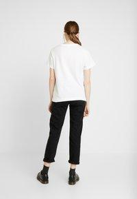 Soaked in Luxury - CORTO - Print T-shirt - broken white - 2