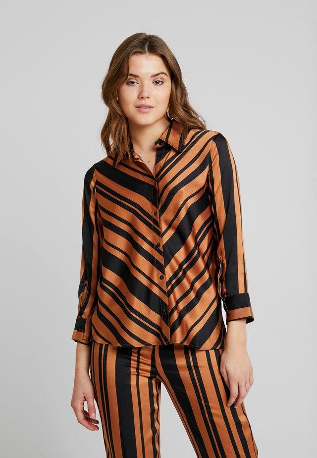 MOLLIE - Button-down blouse - pecan brown