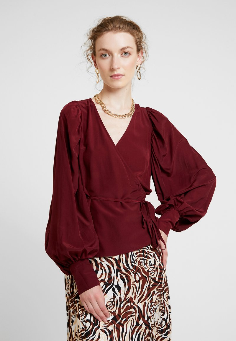Soaked in Luxury - MILANY BLOUSE - Blouse - zinfandel