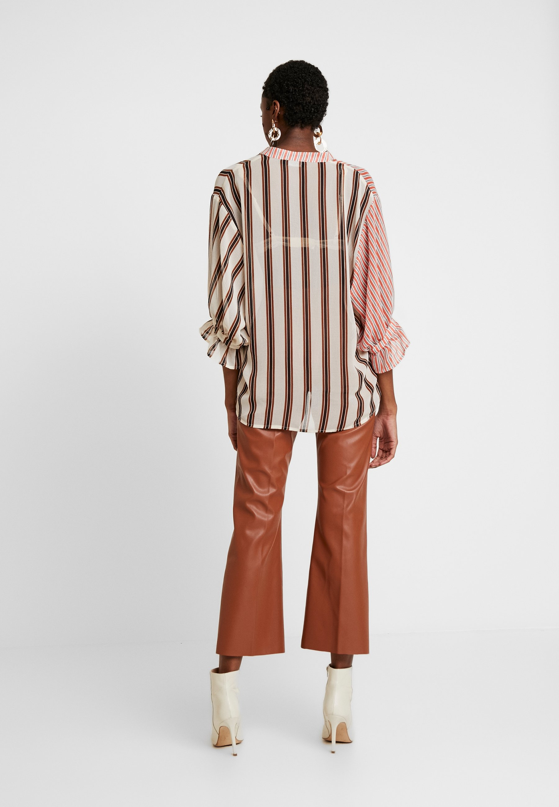 Soaked in Luxury MILY BLOUSE - Bluzka - burnt ochre pattern