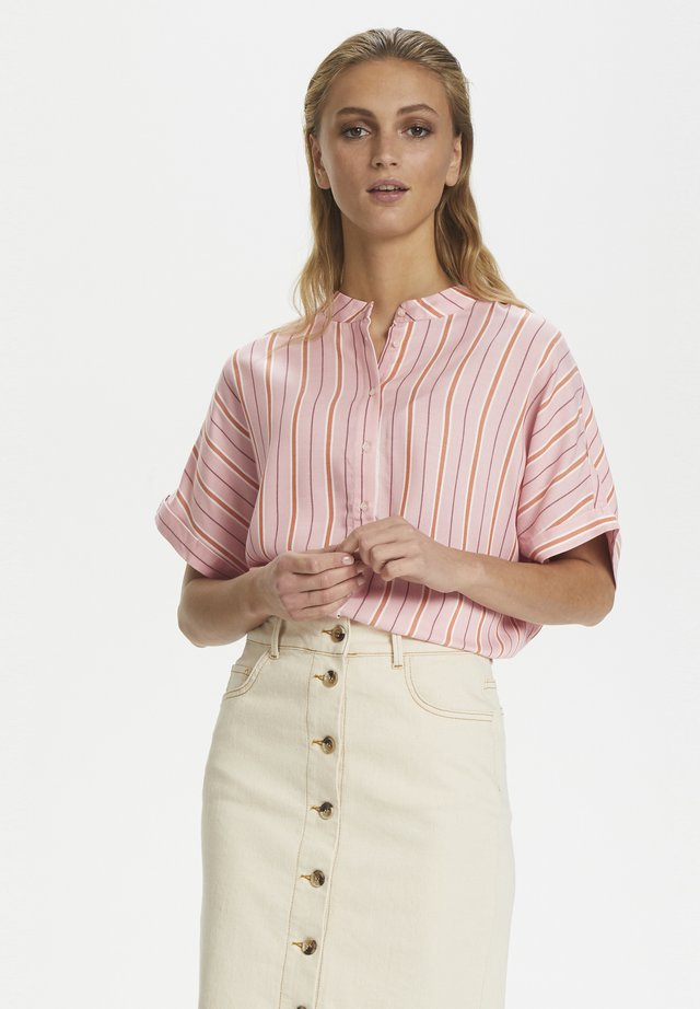 SLLELU HELIA SHIRT SS - Button-down blouse - rose