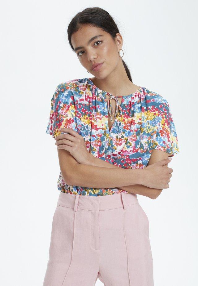 SOAKED IN LUXURY SLARJANA TOP - Blouse - multi floral print
