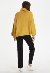 Soaked in Luxury - SLVIVIAN ROLLNECK - Trui - mineral yellow - 2