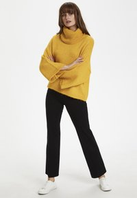 Soaked in Luxury - SLVIVIAN ROLLNECK - Trui - mineral yellow - 1