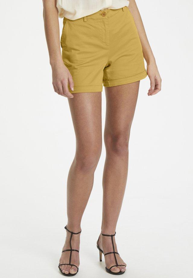LILLAN CHINO SHORTS - Shorts - amber gold