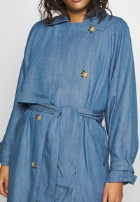 Soaked in Luxury - Trench - light blue denim - 5