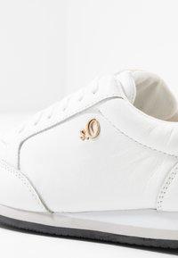 s.Oliver BLACK LABEL - Sneaker low - white - 2