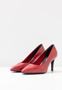 s.Oliver BLACK LABEL - Escarpins - red - 4