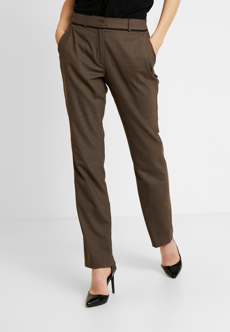 s.Oliver BLACK LABEL - LANG - Spodnie materiałowe - brown